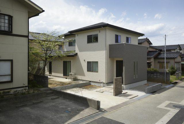 富山市藤の木園町のサムネイル画像