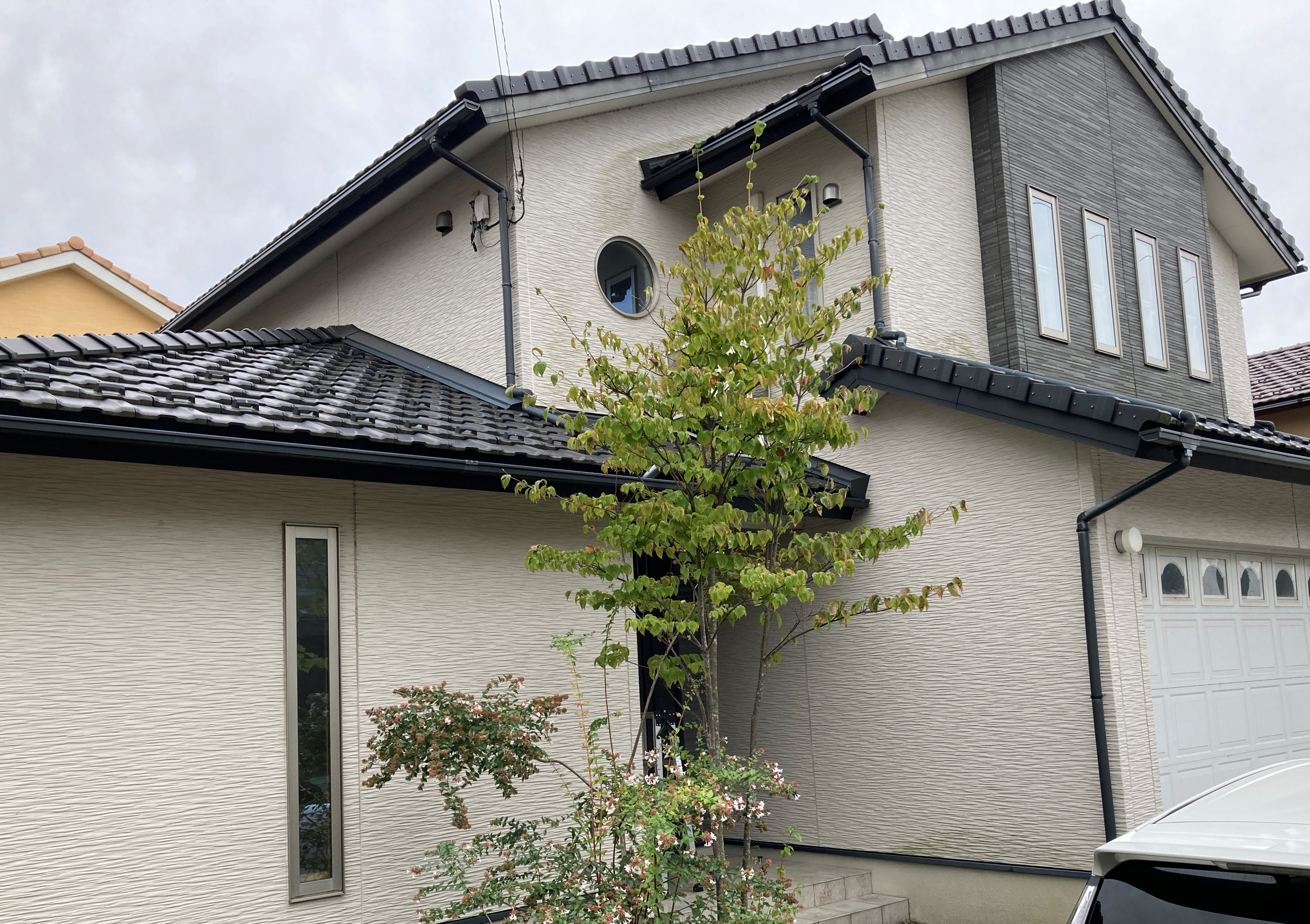 黒部市植木 インナーガレージ住宅 収納充実・床暖房付 インスペクション済 リフォーム付 瑕疵保険加入予定 