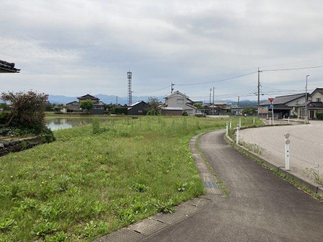 富山市婦中町小倉 |富山空港線・八尾・砺波方面アクセス良好|幹線道路近く|JR千里駅近く|事業用地|約247坪のサムネイル画像