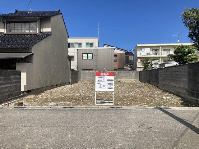 富山市梅沢町売地|利便性の高い富山市中心街で「土地」をお探し中の方にイチオシ物件。近隣の市電駅まで徒歩約6分。スーパー、ドラッグストアも徒歩圏内!のサムネイル画像