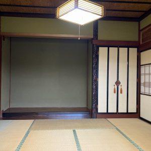 富山市布目の4LDK・オール電化住宅を販売中!リビング・和室からお庭の眺めを楽しめます。